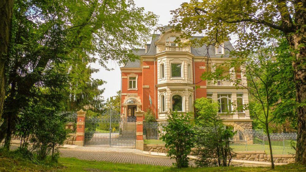 Hotel - Villa 4 Jahreszeiten - Crimmitschau - Hotel Außen