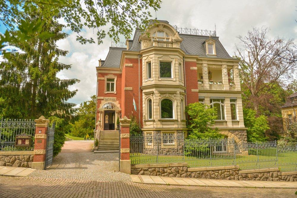 Hotel – Villa 4 Jahreszeiten – Crimmitschau – Hotel Außen