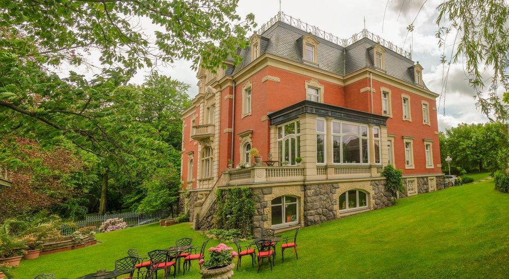Hotel – Villa 4 Jahreszeiten – Crimmitschau – Parkanlage 09